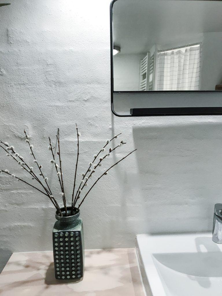 diy badeværelse epoxy house doctor retrolamper badeforhæng diy-hylde